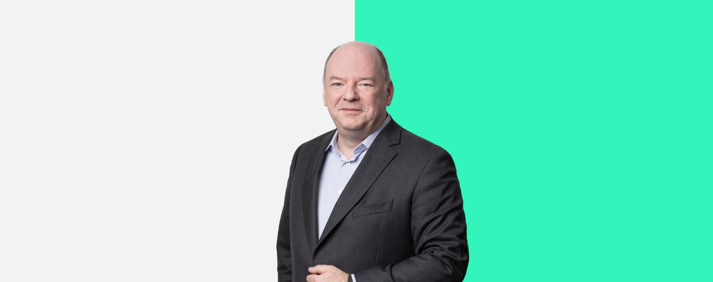 Christiaan van Houtven, Group Chief Operating Officer